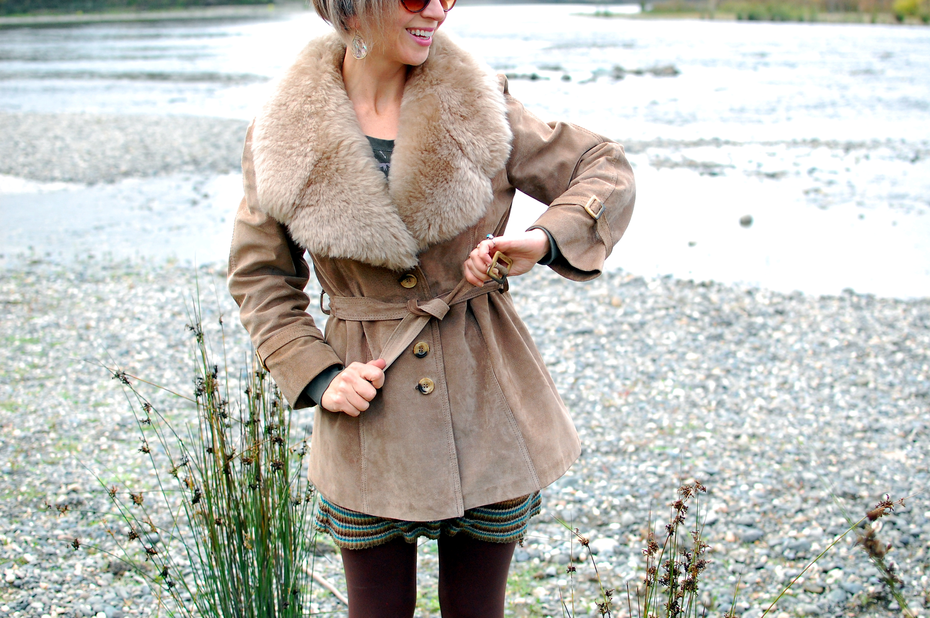 vintage suede jacket faux fur collar ootd outfit whatiwore2day