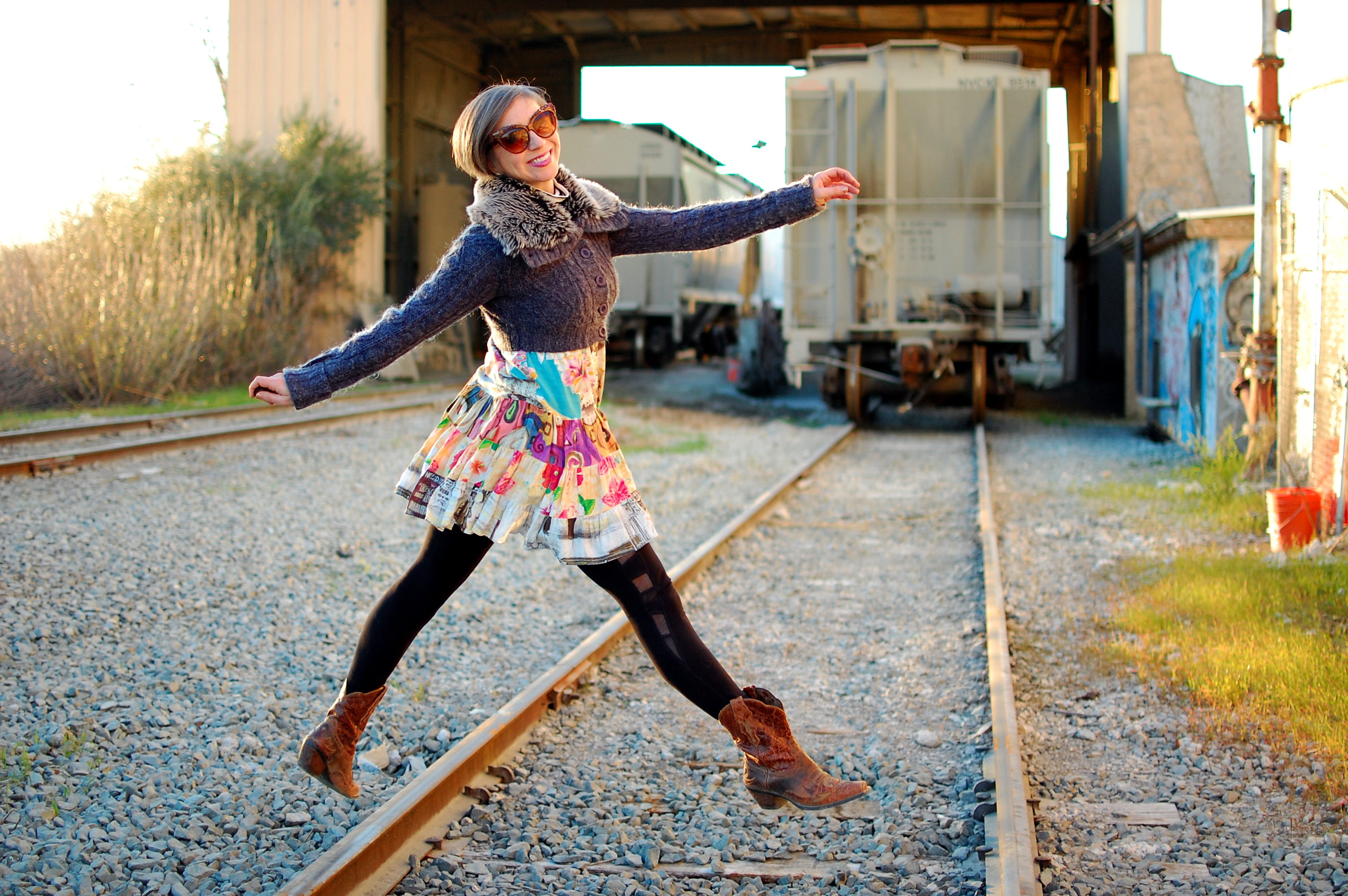 jams world railroad tracks western boots ootd outfit whatiwore2day