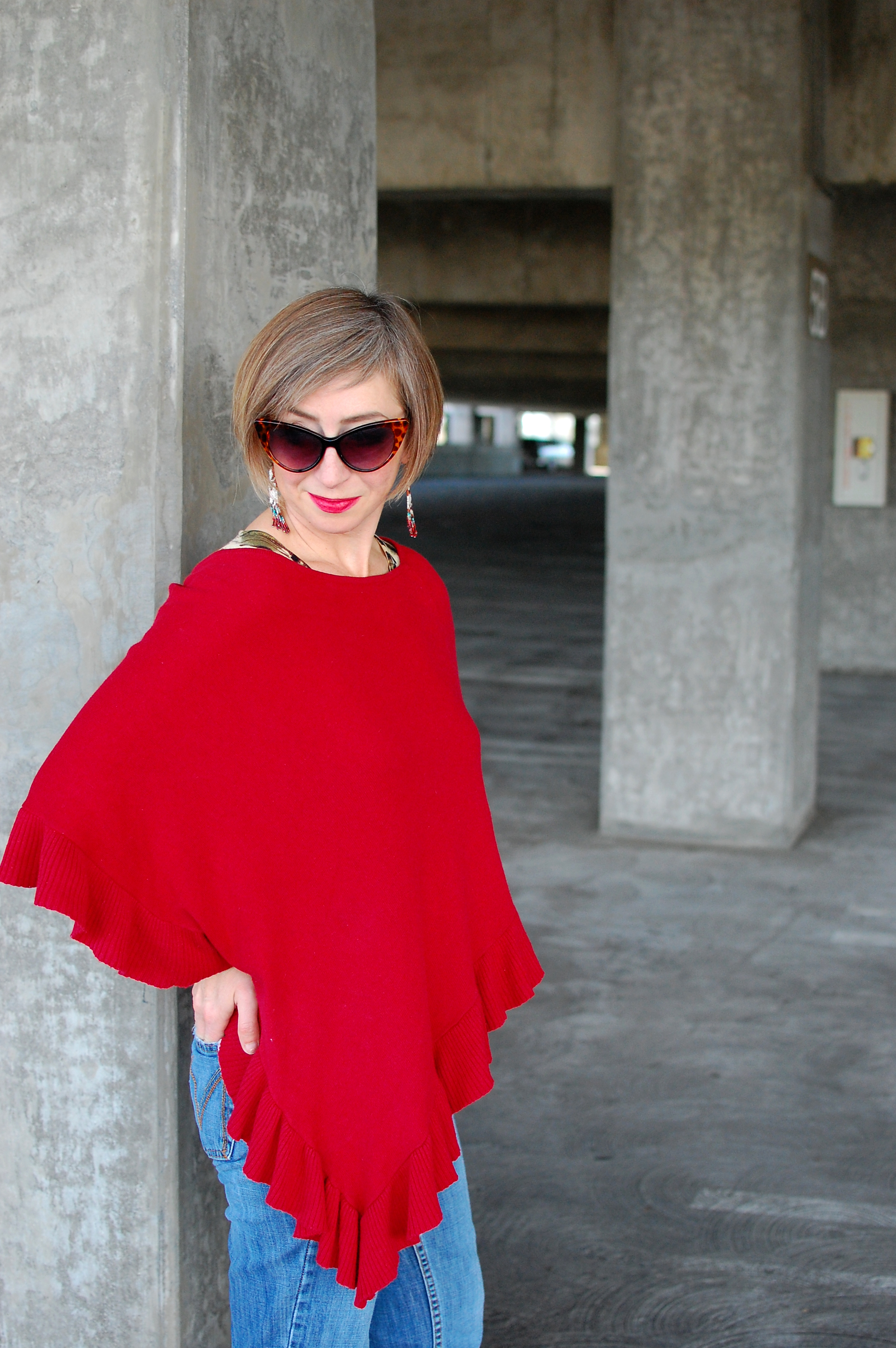 red ruffle poncho ootd whatiwore2day