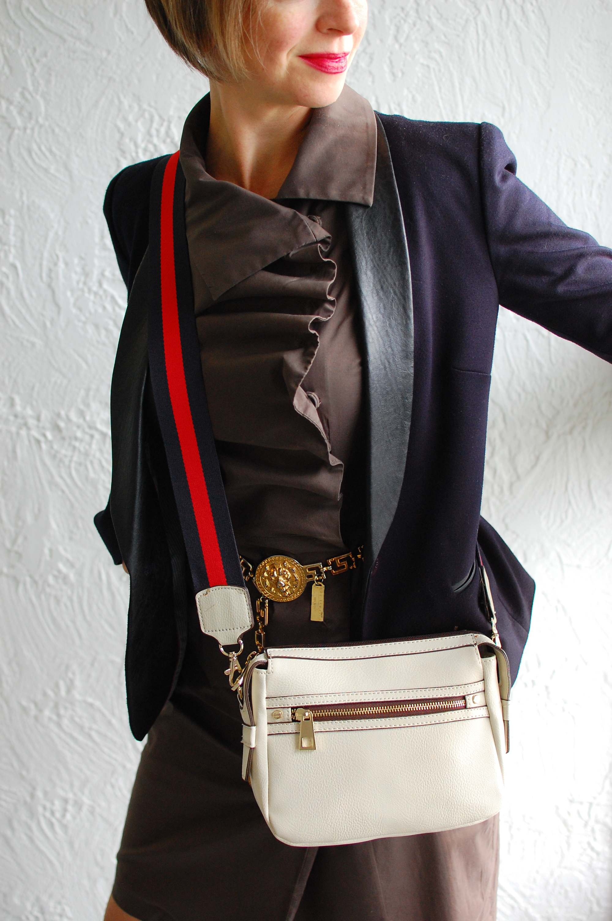 white bag black navy leather trim blazer olive dress gold chain belt ootd whatiwore2day