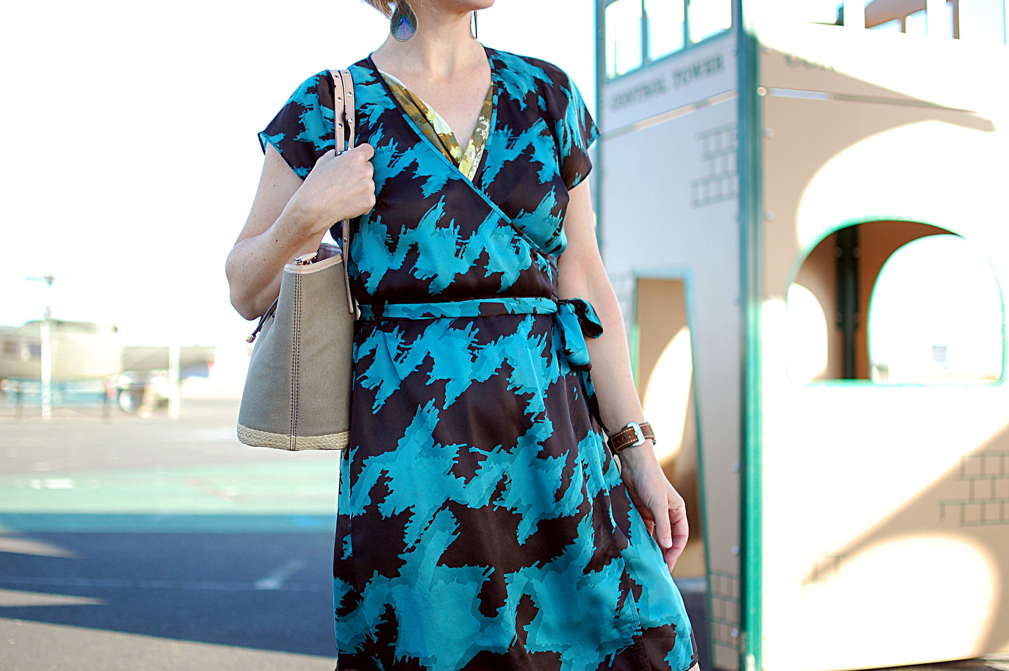 houdstooth silk wrap dress turquoise olive ootd daily outfit blog whatiwore2day