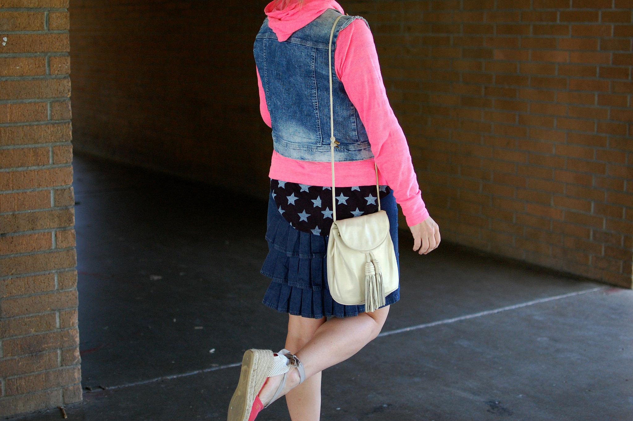 denim vest hoodie esparadille wedge outfit ootd blogger whatiwore2day