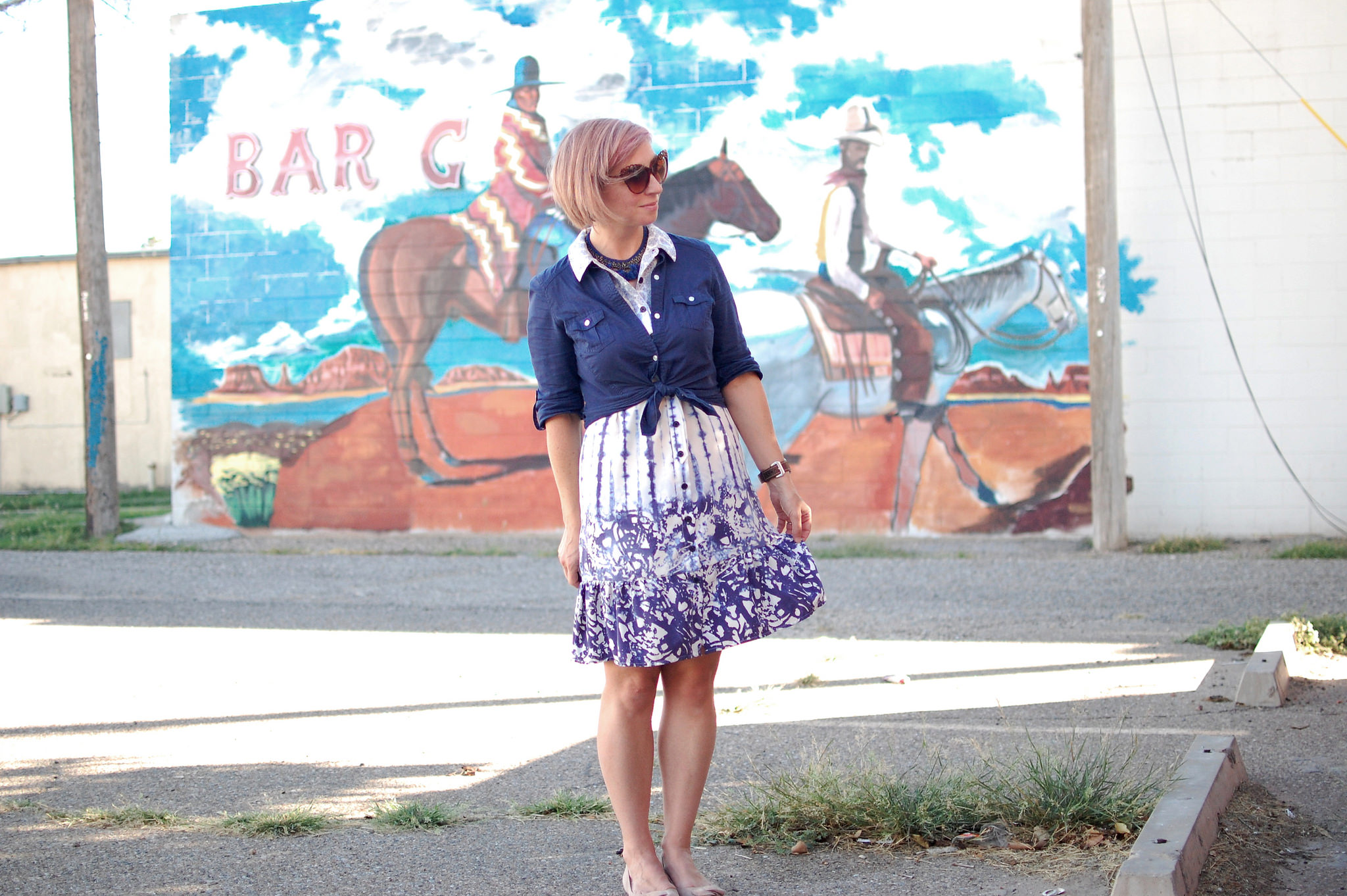 portales mural navy white business casual ootd daily outfit blog whatiwore2day