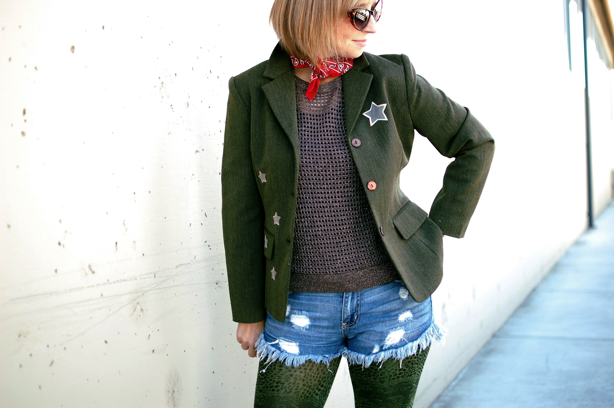 thrift bandana denim shorts tights military inspired star applique daily outfit blog whatiwore2day ootd