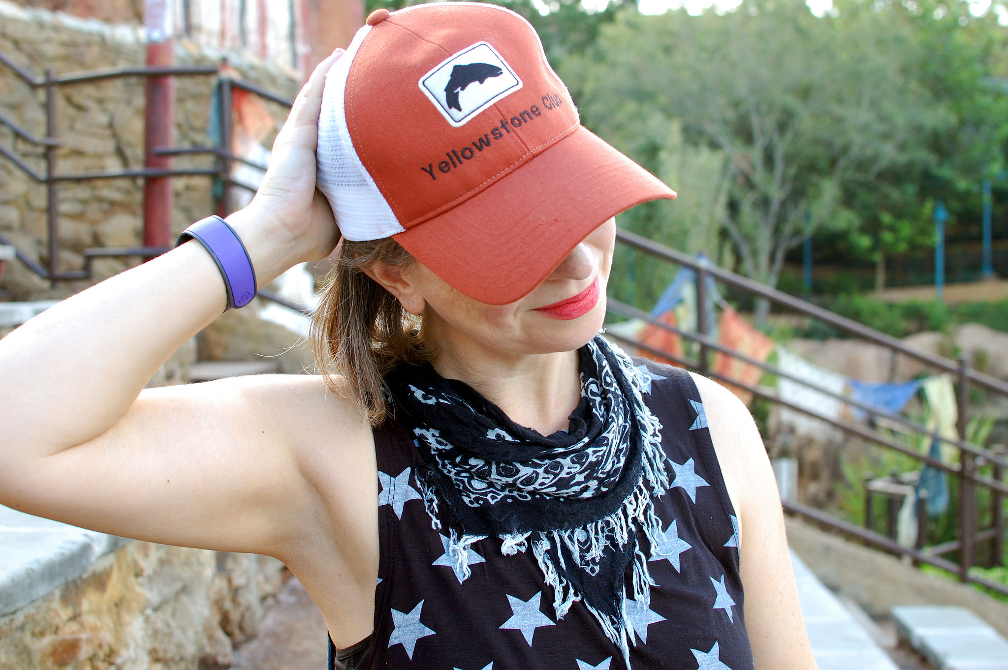 yellowstone club hat bandana star print tank daily outfit blog ootd whatiwore2day