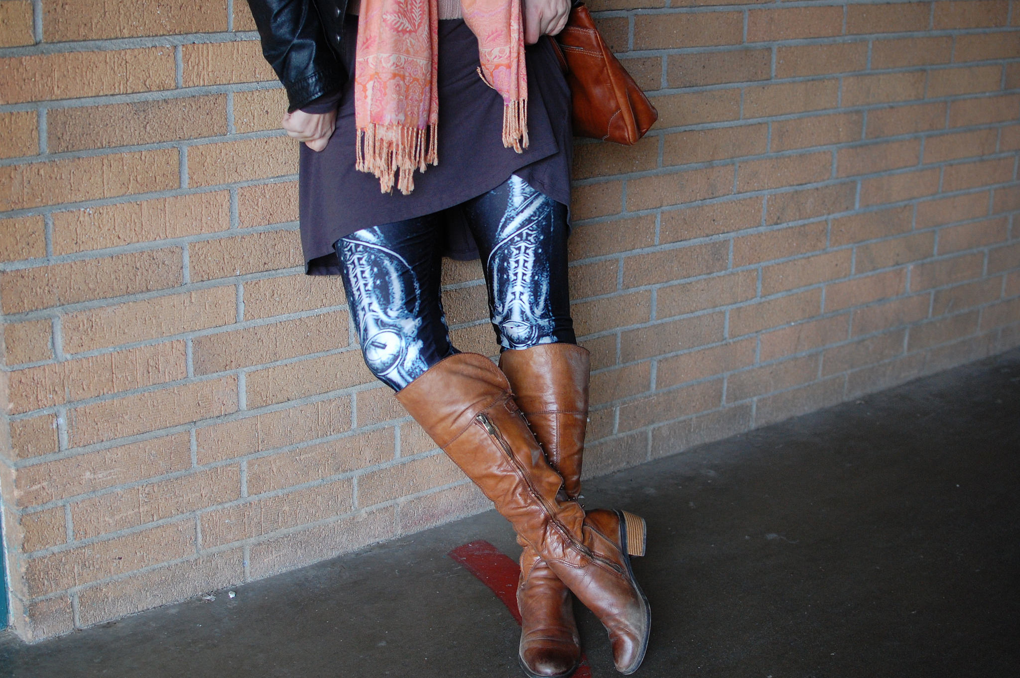 skeleton leggings daily outfit blog whatiwore2day ootd