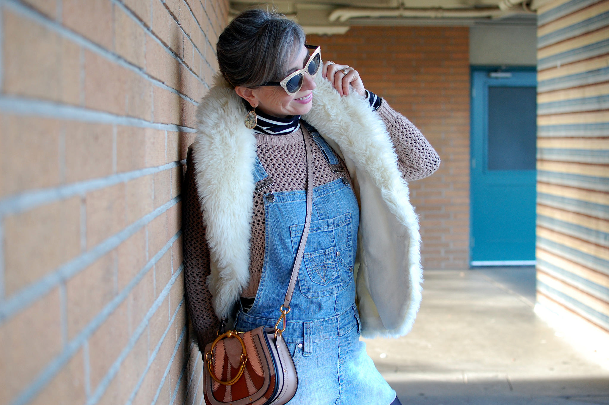 white faux fur vest whatiwore2day daily outfit blog ootd