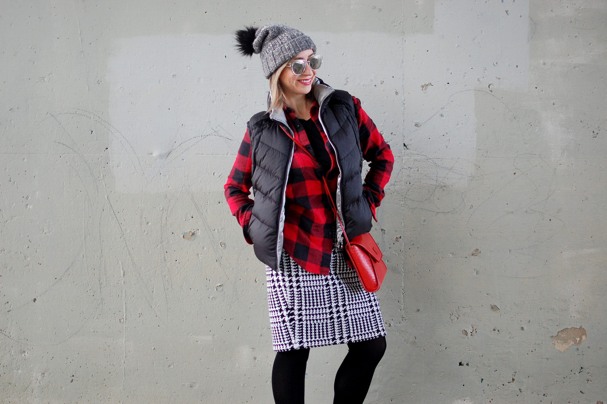 puffy vest flannel plaid houndstooth skirt daily outfit blog ootd whatiwore2day