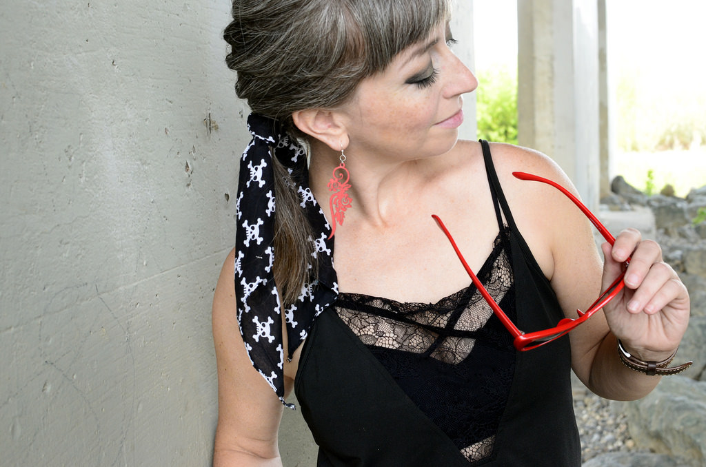 pirate skull crossbones scarf lingerie cami daily outfit blog ootd whatiwore2day wood earrings
